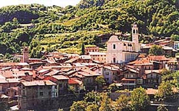 Il centro storico di Malegno.